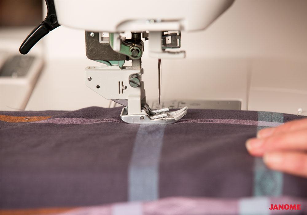 New Janome Horizon Quilt Maker Memory Craft 15000