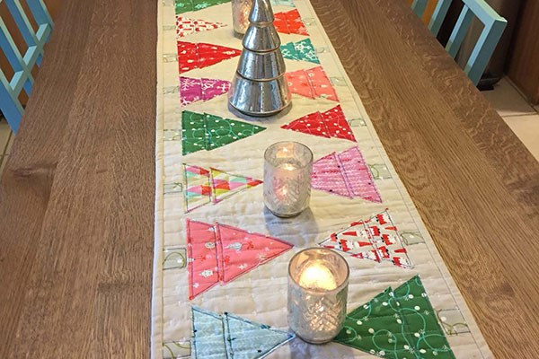 """Modern Trees"" Free Quilted Table Top Pattern designed by Michelle Hart of Baby Got Bobbin from Janome"
